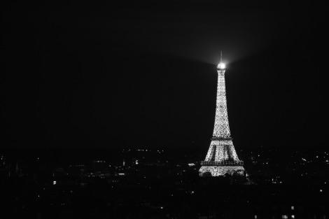 eiffel-tower-852700_1920